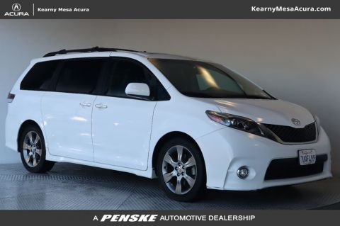 Pre-Owned 2016 Toyota Sienna 5dr 8-Passenger Van SE FWD