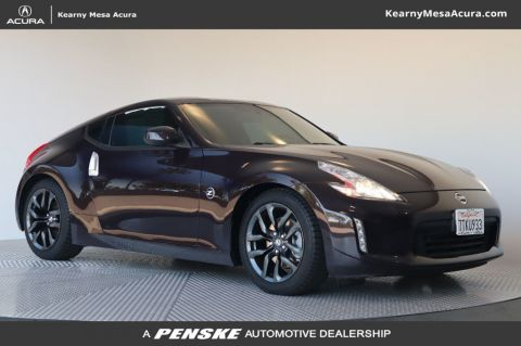 Pre-Owned 2017 Nissan 370Z
